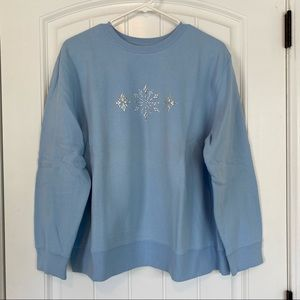Classic Elements Vintage Blue Snowflake Sweatshirt